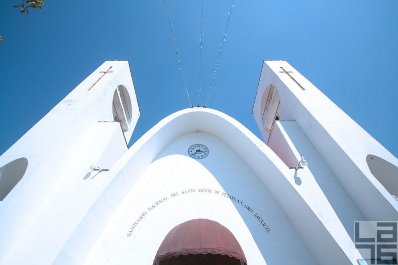 Church-of-the-Father-of-Jesus-de-Petatlan-Mexico-01