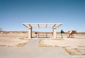 American-Roadside-rest-stops-Ryann-Ford-00