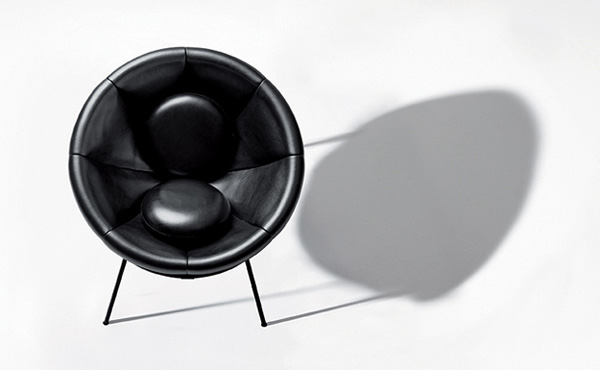 Lina-Bo-Bardi-Bowl-Chair-Arper-10
