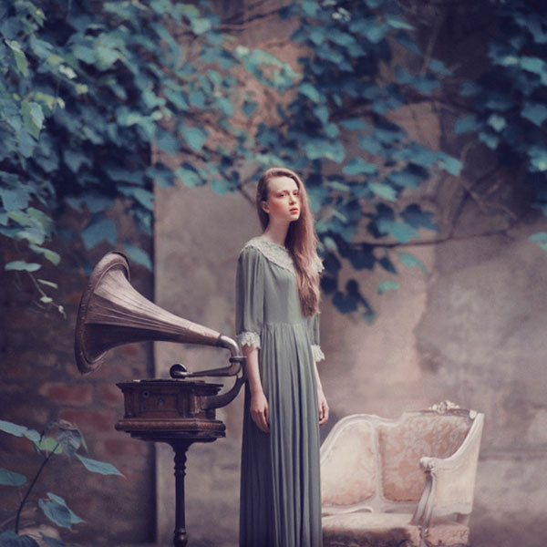 09-surreal-dream-like-photography-oleg-oprisco