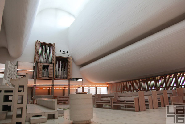 bagsvaerd-church-jorn-utzon-denmark-architecture-03