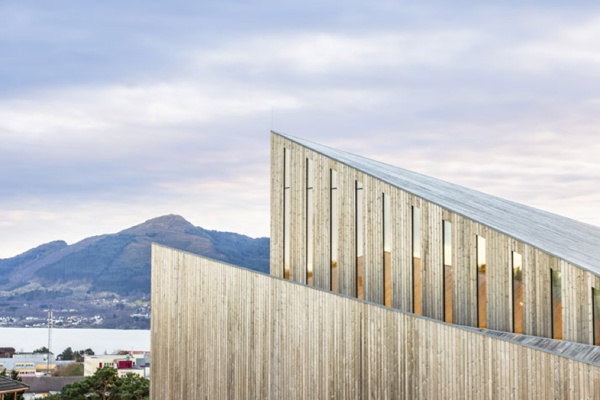 church-architecture-Knarvik-community-church-hordaland-norway-LA76-blog_0017