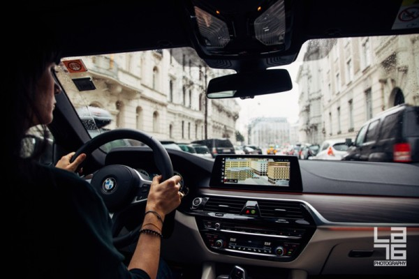 + Navigating through Vienna center with ease.